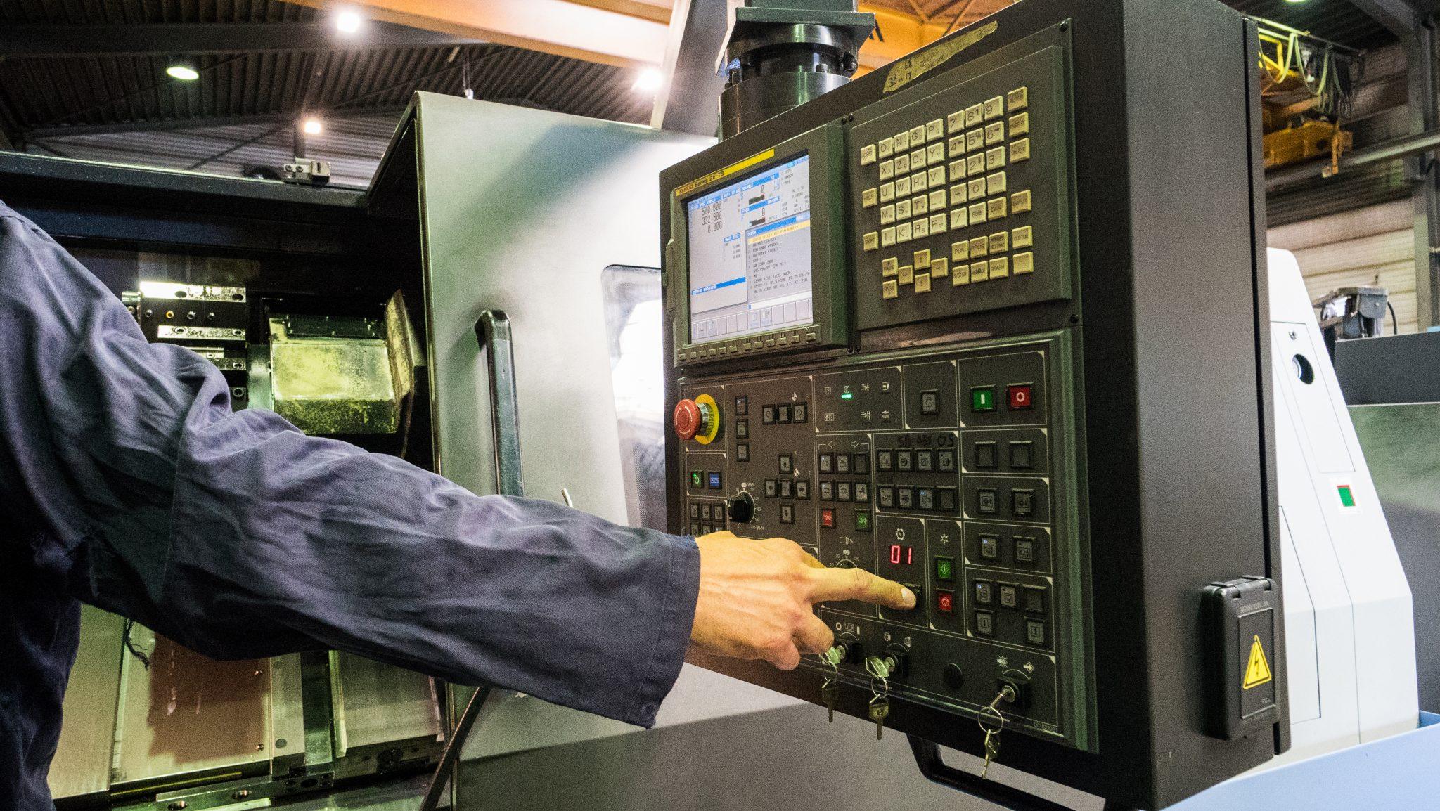 luotettava laatu nauhoittaa sisään ajaton muotoilu Doosan Puma 400LM - Machinefabriek Schaap